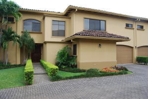 Casa En Ventaen San Rafael Escazu, Escazu, Costa Rica, CR RAH: 20-405