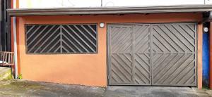Casa En Ventaen Ulloa, Heredia, Costa Rica, CR RAH: 20-423