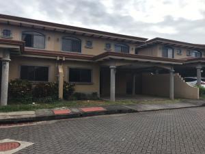 Apartamento En Ventaen San Joaquin De Flores De Heredia, Belen, Costa Rica, CR RAH: 20-480