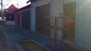 Casa En Ventaen Pozos, Santa Ana, Costa Rica, CR RAH: 20-484