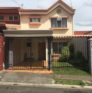 Casa En Ventaen Ulloa, Heredia, Costa Rica, CR RAH: 20-169