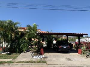 Casa En Ventaen La Garita, Alajuela, Costa Rica, CR RAH: 20-527