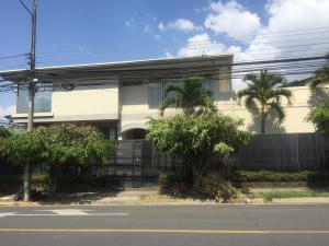 Casa En Alquileren Trejos Montealegre, Escazu, Costa Rica, CR RAH: 20-552