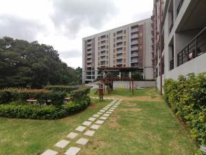 Apartamento En Ventaen Granadilla, Montes De Oca, Costa Rica, CR RAH: 20-540