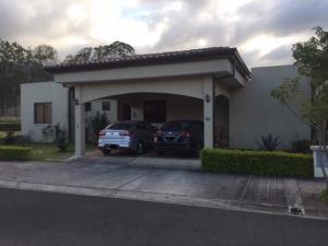Casa En Ventaen Tobosi, El Guarco, Costa Rica, CR RAH: 20-620