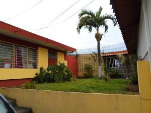 Casa En Ventaen Tibas, Tibas, Costa Rica, CR RAH: 20-628