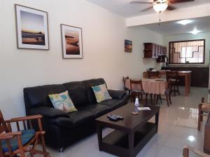 Apartamento En Alquileren Escazu, Escazu, Costa Rica, CR RAH: 20-652