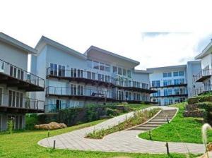 Apartamento En Alquileren Rio Oro, Santa Ana, Costa Rica, CR RAH: 20-654