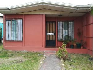 Casa En Ventaen Guapiles, Pococi, Costa Rica, CR RAH: 20-662