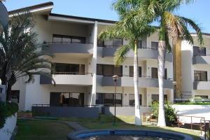 Apartamento En Alquileren Santa Ana, Santa Ana, Costa Rica, CR RAH: 20-678
