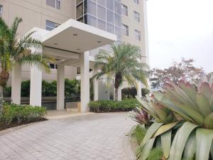 Apartamento En Ventaen Bello Horizonte, Escazu, Costa Rica, CR RAH: 20-681