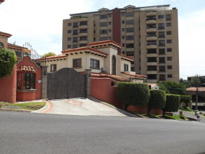 Casa En Ventaen Escazu, Escazu, Costa Rica, CR RAH: 20-737