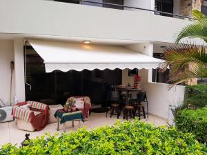 Apartamento En Ventaen Santa Ana, Santa Ana, Costa Rica, CR RAH: 20-764