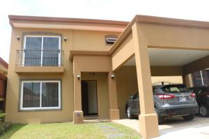 Casa En Ventaen San Joaquin De Flores De Heredia, Flores, Costa Rica, CR RAH: 20-837