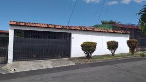 Casa En Ventaen Rohrmoser, Pavas, Costa Rica, CR RAH: 20-843