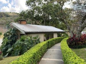 Apartamento En Ventaen Santa Ana, Santa Ana, Costa Rica, CR RAH: 20-853