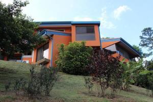 Casa En Ventaen Santa Barbara, Santa Barbara, Costa Rica, CR RAH: 20-951