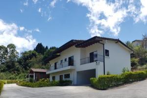 Casa En Ventaen San Ramon - La Union, La Union, Costa Rica, CR RAH: 20-1049