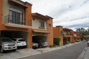Casa En Ventaen Ciudad Colon, Mora, Costa Rica, CR RAH: 20-1115