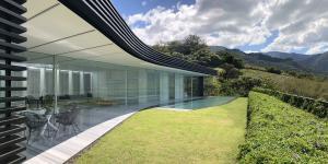 Casa En Ventaen Altos Paloma, Santa Ana, Costa Rica, CR RAH: 20-1157