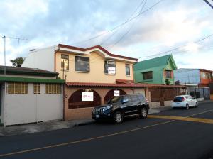 Casa En Ventaen Guadalupe, Goicoechea, Costa Rica, CR RAH: 20-1164