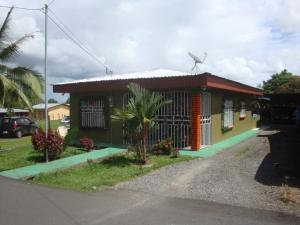 Casa En Ventaen Jimenez, Pococi, Costa Rica, CR RAH: 20-1183