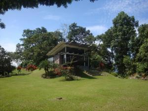 Casa En Ventaen Guapiles, Pococi, Costa Rica, CR RAH: 20-1186