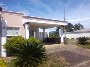 Casa En Ventaen Dulce Nombre - Cartago, Cartago, Costa Rica, CR RAH: 20-1200