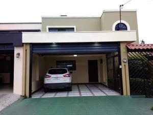 Casa En Ventaen San Rafael - Oreamuno, Oreamuno, Costa Rica, CR RAH: 20-1222