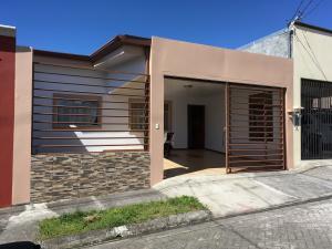 Casa En Ventaen Cartago Centro, Cartago, Costa Rica, CR RAH: 20-1248