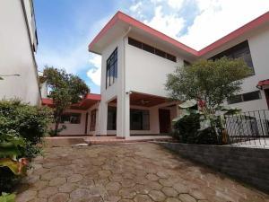 Casa En Ventaen Moravia, Moravia, Costa Rica, CR RAH: 20-1284