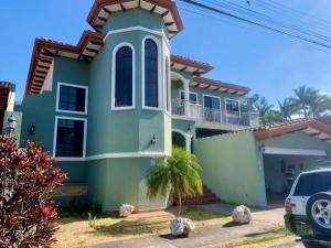 Casa En Ventaen Ciudad Cariari, Belen, Costa Rica, CR RAH: 20-1292