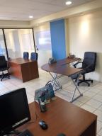 Oficina En Ventaen Santa Ana, Santa Ana, Costa Rica, CR RAH: 20-1319