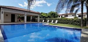 Casa En Ventaen Santa Ana, Santa Ana, Costa Rica, CR RAH: 20-1334