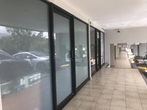 Local Comercial En Ventaen Santa Ana, Santa Ana, Costa Rica, CR RAH: 20-1344