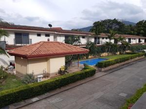 Casa En Ventaen Pozos, Santa Ana, Costa Rica, CR RAH: 20-1345