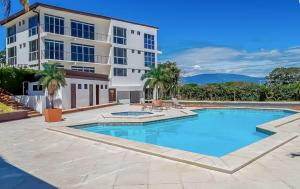 Apartamento En Ventaen Santa Ana, Santa Ana, Costa Rica, CR RAH: 20-1375