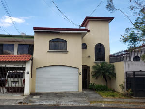Casa En Ventaen Rohrmoser, Pavas, Costa Rica, CR RAH: 20-1394