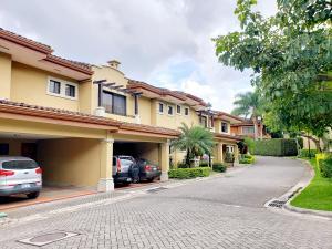 Casa En Ventaen Escazu, Escazu, Costa Rica, CR RAH: 20-1417