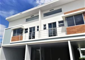 Apartamento En Ventaen Pozos, Santa Ana, Costa Rica, CR RAH: 20-1412