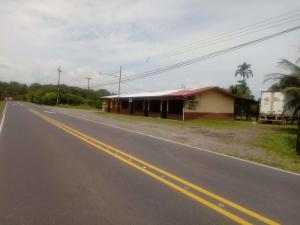 Local Comercial En Ventaen Guapiles, Pococi, Costa Rica, CR RAH: 20-1422