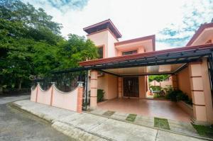 Casa En Ventaen Jaco, Garabito, Costa Rica, CR RAH: 20-1429