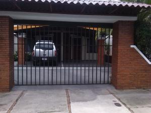 Apartamento En Alquileren Rohrmoser, Pavas, Costa Rica, CR RAH: 20-1450