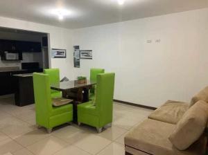 Apartamento En Alquileren Sabanilla, Montes De Oca, Costa Rica, CR RAH: 20-1451