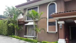 Apartamento En Ventaen San Jose, Escazu, Costa Rica, CR RAH: 20-1479