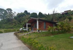 Casa En Alquileren San Ramon - La Union, La Union, Costa Rica, CR RAH: 20-1473