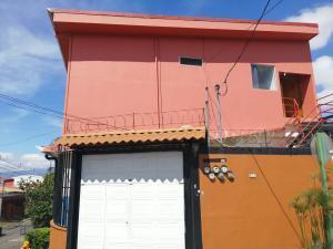 Apartamento En Alquileren San Rafael - La Union, La Union, Costa Rica, CR RAH: 20-1492