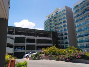 Apartamento En Ventaen Rohrmoser, Pavas, Costa Rica, CR RAH: 20-1554