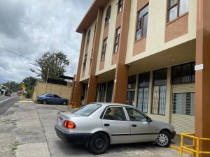 Apartamento En Alquileren Escazu, Escazu, Costa Rica, CR RAH: 20-1605