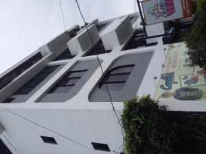 Edificio En Alquileren San Jose, Curridabat, Costa Rica, CR RAH: 20-7